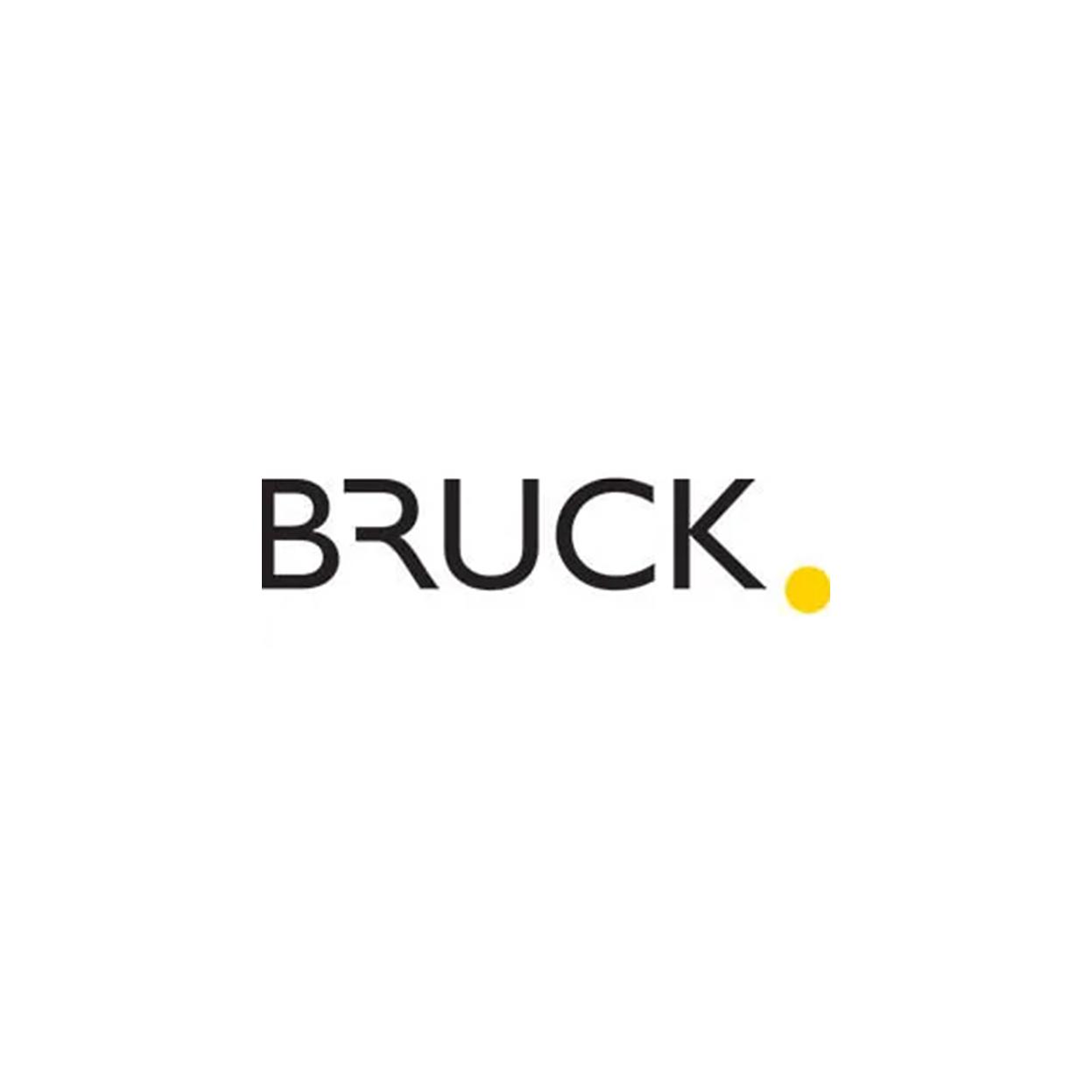 Bruck - Objekte Licht & Raum GmbH in Hamburg