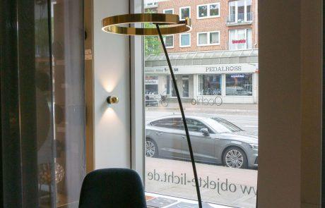 Stehleuchte - Objekte Licht & Raum GmbH in Hamburg